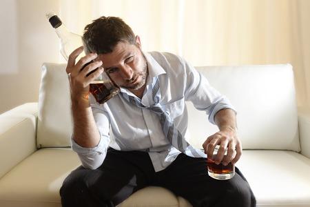睡眠とアルコールの関係は!