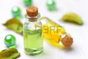 31874482-essential-oil