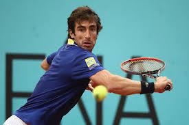 神技! 男子テニスで衝撃の背面ショット 準々決勝 パブロ・クエバス