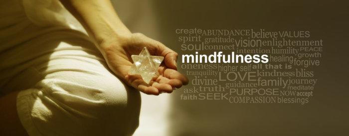 マインドフルネス 【瞑想】だけでなくやる気を起こし、今やるべきことに集中する!その効果とやり方