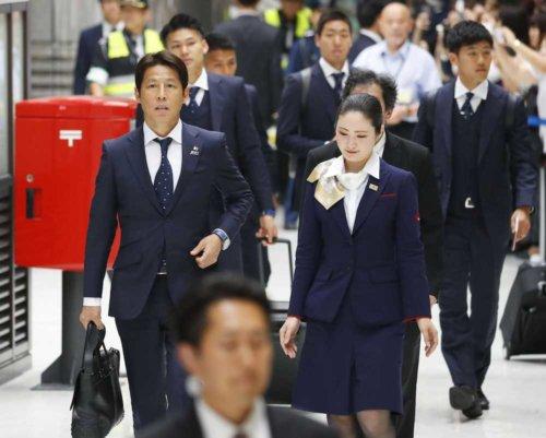 サッカー日本代表 合宿地オーストリアへ出発!