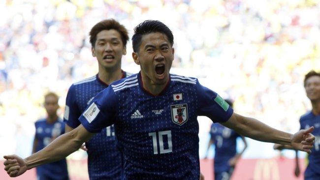 W杯 日本がコロンビアに2-1で勝つ!香川のPK弾、大迫値千金のヘッド!